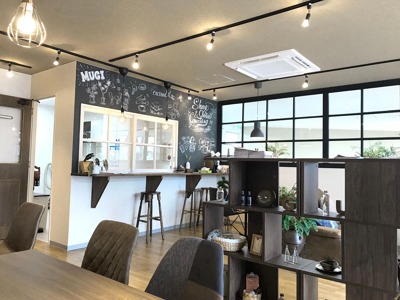 「シェアオフィス&コワーキングスペース MUGI」内装