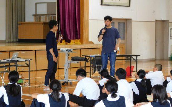 福岡市の「チャレンジマインド育成事業」の取り組みとして、代表の橋本が壱岐中学校の授業にて講師を務めました。